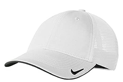d3f47536 Amazon.com : NIKE MESH BACK CAP GOLF HAT -889302-100-M/L White ...