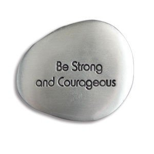 SOOTHING STONES - BE STRONG & Courageous - INSPIRATIONAL Gift -Worry Stone/FRIEND Family -AFFIRMATION Prayer POCKET Token ()