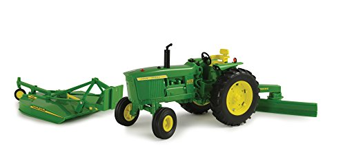 (Big Farm John Deere 4020 Vehicle with Rear Blade and Mower)