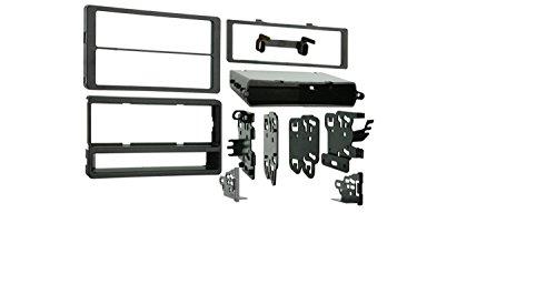 (Metra 99-8205 Dash Kit For Pontiac Vibe/Toy Matrix 03-08 )