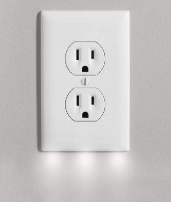 Wall Outlet Coverplate w/LED Night Lights (Auto on/off) 2 PACK