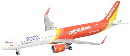 Gemini Jets GeminiJets Vietjet A321 '9000th Airbus Aircraft' 1:400 Scale Airplane (Scale Model Airplane)