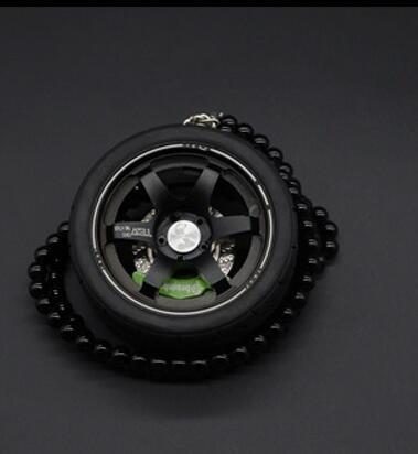 Llavero ELT Big TE37 de aleación de aluminio con diseño de llantas de coche, Negro