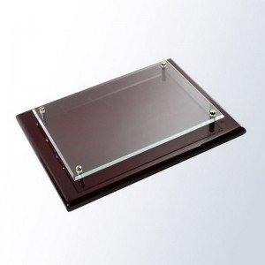 Gloss Mahogany Plaque with Glass Plate ()