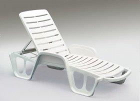 Lettini Per Piscina In Plastica.Lettino Impilabile Fisso Pz 27 In Resina Plastica Per Piscina