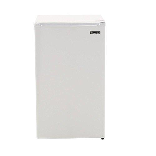Magic Chef 3.5 Cu. Ft. Mini Refrigerator in White, Energy St
