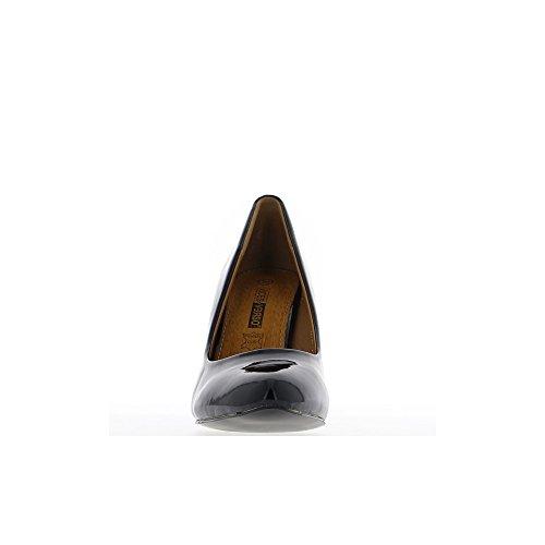 Escarpins vernis noirs bouts pointus à talon de 9,5cm