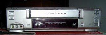 Sanyo VWM-710 4-Head Hi-Fi Stere...