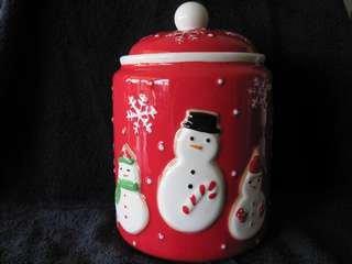 11SMCJ Snowflake Snowman Family Cookie and Treat Jar by Hallmark (Hallmark Cookie Jars)