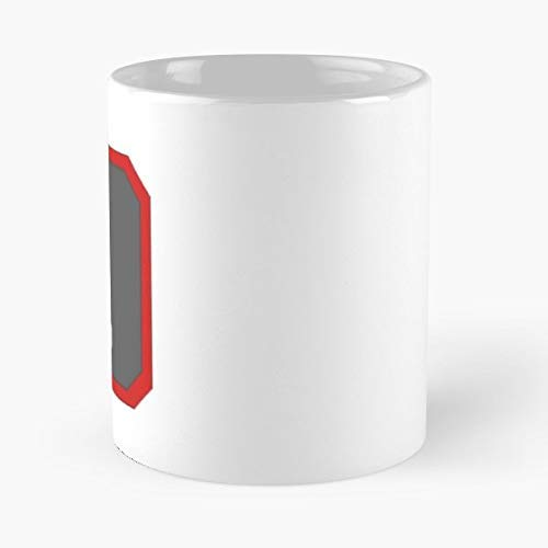 Assassins Creed Ac2 Ezio Hidden Blade - 11 Oz Coffee Mugs Unique Ceramic Novelty Cup, The Best Gift For Holidays. -