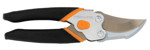 Fiskars 91166935 Smooth Action UltraBlade Bypass Pruner by Fiskars