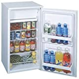 CM40WH Part# CM40WH - Refrigerator Top Freezer Summit White 3.7Cu Ft 18.75x22...