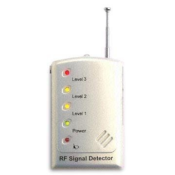 Mini Gadgets RF Signal Bug Detector with Analog/Digital Switch and LED Indicator by Mini Gadgets