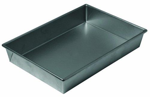Chicago Metallic Professional Non-Stick Bake 'N Roast Pan, 13-Inch-by-9-Inch by Chicago Metallic