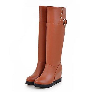 RTRY Zapatos De Mujer Pu Novedad Moda Otoño Invierno Confort Cuña Botas Botas Botas De Tacón Puntiagudo Mid-Calf Toe Hebilla Remache Para Office &Amp; Carrera US4-4.5 / EU34 / UK2-2.5 / CN33