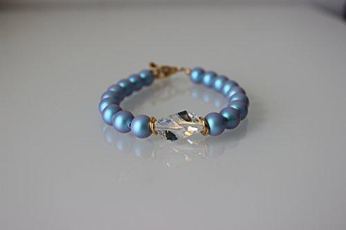Swarovski Crystal and Blue Pearl Bracelet ()