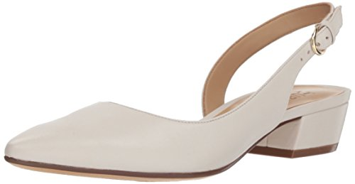 (Naturalizer Women's Banks Pump, White, 8.5 N US)