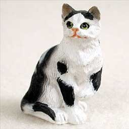 (Conversation Concepts Miniature Black & White Shorthaired Tabby Cat Tiny One Figurine (Set of 6))
