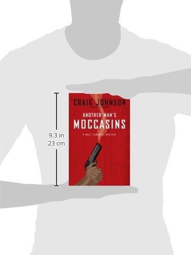 Another Mans Moccasins: A Walt Longmire Mystery (Walt Longmire Mysteries): Craig Johnson: 9780670018611: Amazon.com: Books