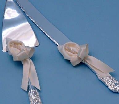 Ivy Lane Design Calla Lily Wedding Collection Cake Knife and Server Set, Ivory