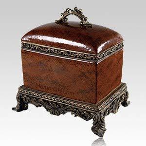 Memorials.com Olde World Chest Porcelain Cremation Urn
