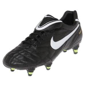 pick up f7f0b ba429 Amazon.com | Nike Tiempo Legend III SG Black/Neon Size 8 ...