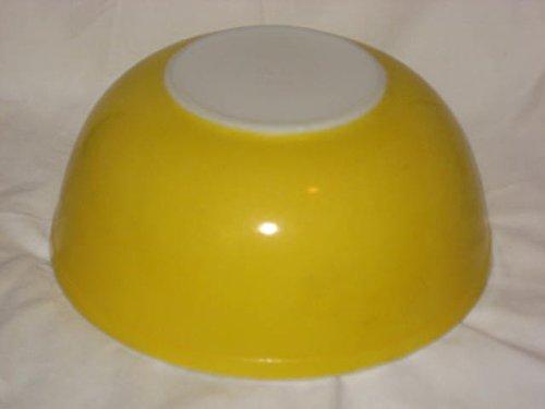 Vintage 1960's Pyrex Glass Solid Yellow / Orange Daisy 4 Quart Mixing Nesting Bowl #404