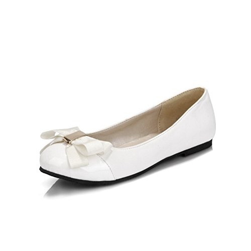 White Pumps Toe Closed Soft 38 Material Heels WeiPoot Round Shoes Solid Low Women's wpSSFq4