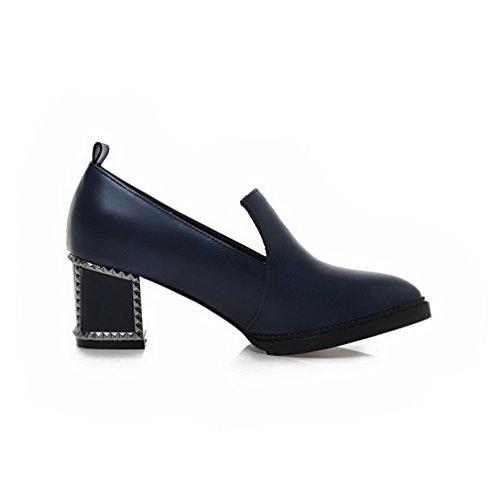 AllhqFashion Damen PU Leder Mittler Absatz Rund Zehe Rein Ziehen auf Pumps Schuhe Knallblau
