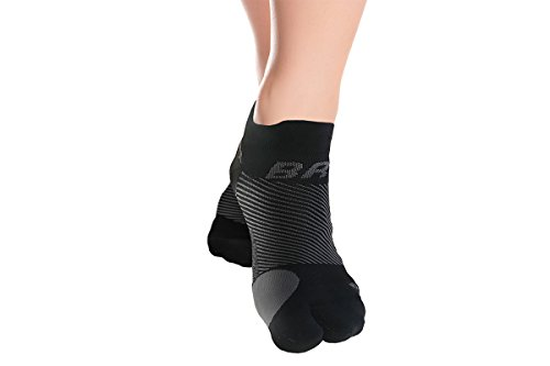 OrthoSleeve BR4 Bunion Relief Socks (One Pair) Split-Toe Design Separates Toes, relieves Bunion Pain and a targeted Bunion pad Reduces Toe Friction and relieves Hallux valgus Pain (Best Socks For Bunions)