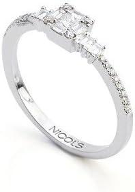 NICOLS 14710350011 - Anillo DIAMOND CLASSIC NICOL´S. Cuadrado central en engaste invisible. Fabricada en oro blanco y diamantes talla brillante y princesa. Peso total D0.33ct.