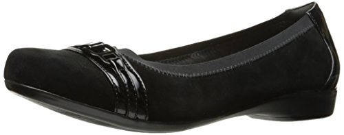 CLARKS Women's Kinzie Light Flat, Black, 8 W US