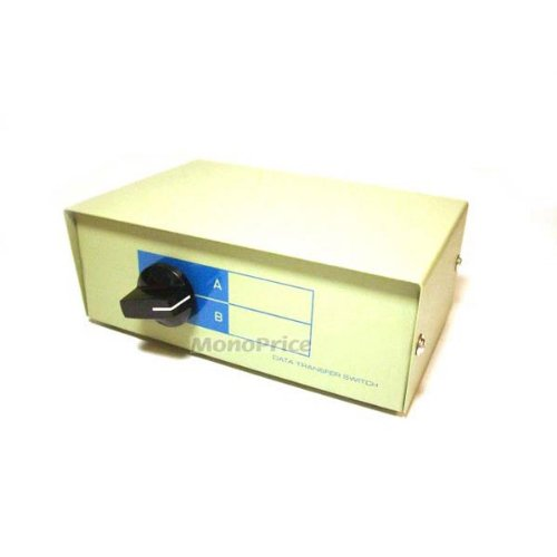 (Monoprice 101344 2 Way DB9 Data Switch Box)