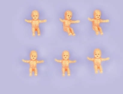 Plastic Charm (Amscan Miniature Baby Charms Plastic Baby Shower Party Favors, Tan)