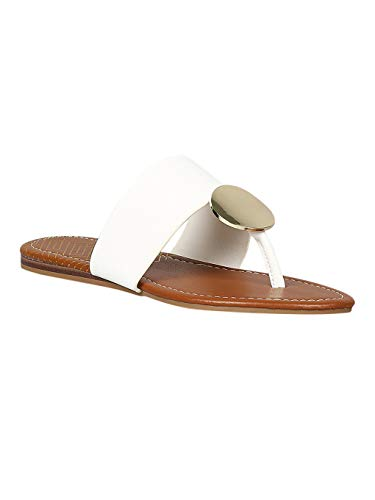 (Alrisco Women Leatherette Disc Accent Flat Thong Sandal RB00 - White Leatherette (Size: 7.0))