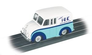 E-Z Street Vehicle - DELIVERY Van - CHILLY'S ICE - O Scale