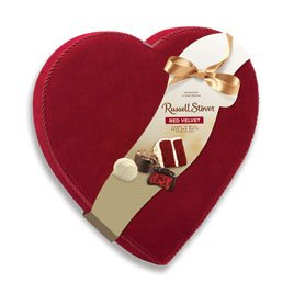 Russell Stover Red Velvet Chocolate Velvet Heart, 9 oz. ()