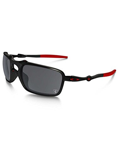 Oakley Men's Badman OO6020-07 Polarized Iridium Rectangular Sunglasses, Dark Carbon/Red Frame/Black Iridium Polarized Lens (Bridge Oakley X Metal)