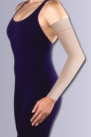 Women's 20-30 mmHg Arm Sleeve with 2'' Silicone Top Band Size: Medium