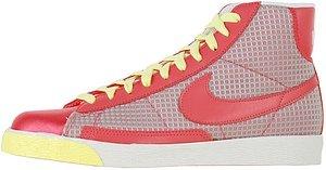 Nike Blazers Pink (NIKE Blazer High Women's 12)