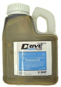 Drive XLR8 Herbicide 1/2 Gallon 64 OZ. KILLS CRABGRASS ()