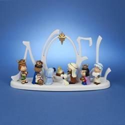 Kurt S. Adler PN5152 10 in. Battery-Operated LED Peanuts Lighted Nativity Scene]()