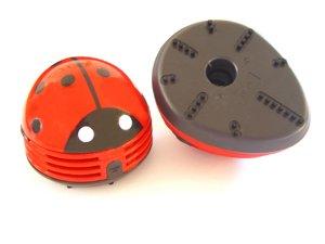 Beetle Mini Table Vaccum Cleaner   The Crumb Buster   Mini Vacuum Cleaner