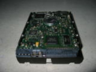 HP 273408-001 18GB Ultra320 SCSI hard drive - 15,000 RPM, 3.5-inch form (18 Gb 3.5 Scsi)