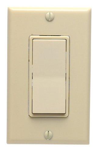 Leviton Illuminated Decorator Switch 3 Way 15 Amp 120 V Ivory Carded
