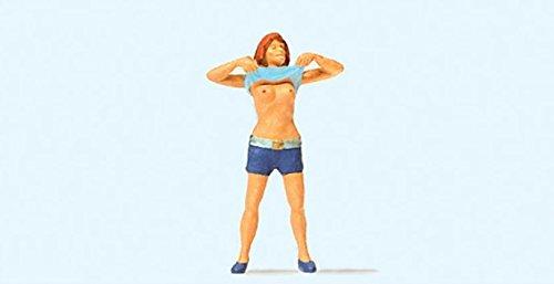 28124 Pedestrian Lady Undressing HO Scale Figure