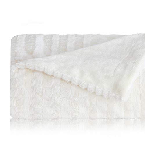 Bedsure Faux Fur Reversible Fleece Throw Blanket - Super Soft Fuzzy Lightweight Throw for Boys Girls Adults (50