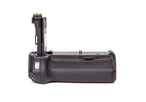 Dolica DC-BG-E14 Battery Power Grip for Canon 70D (Black)