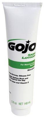 GOJO Skin Lotion, Silicon Free with Aloe and Vitamin E, 5 fl oz Non-Greasy Lotion Portable Squeeze Bottles (Case of 24) - ()