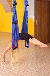 Columpio para practicar Yoga Aéreo